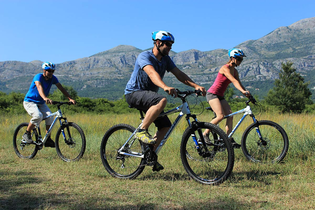 Biking Cadmos slide 1